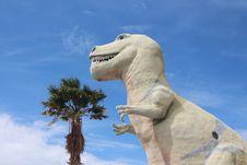 Free Sky, Dinosaur, Statue, Tyrannosaurus Royalty Free Stock Photography - 135982947