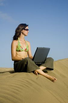 Free Surfergirl On Laptop2 Stock Photography - 1364922