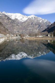 Free Guillemore Lake Stock Image - 13603581