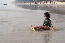 Free Happy Baby On Beach Royalty Free Stock Photo - 13603685