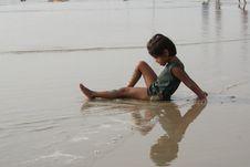 Free Happy Baby On Beach Royalty Free Stock Photos - 13603848