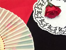 Free Wooden Hand Fan With Rose Royalty Free Stock Photography - 13604687