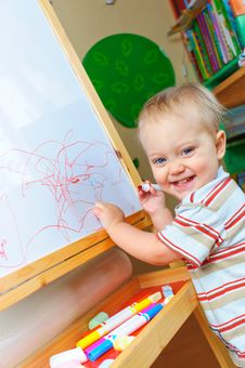Free Little Cute Artist. Royalty Free Stock Image - 13607636