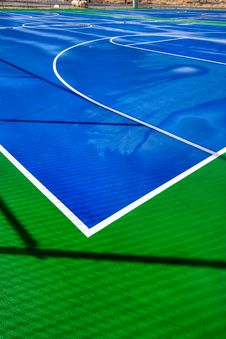 Free Outdoor Basketball Court Stock Photography - 13608132