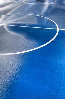 Free Outdoor Basketball Court Stock Photo - 13608140
