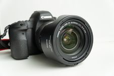 Free Digital Camera, Camera, Cameras & Optics, Single Lens Reflex Camera Royalty Free Stock Photography - 136080917