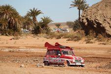 Free Car, Off Roading, Sand, Desert Stock Image - 136081471