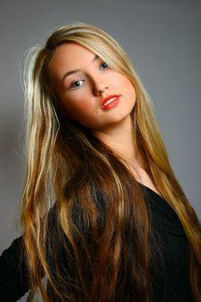 Free Beautiful Stylish Blonde Stock Images - 13612044