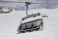 Free Empty Ski Lift Stock Photography - 13615542