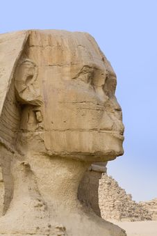 Free The Stone Face Of The Sphinx Stock Photography - 13617412
