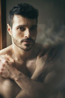 Free Topless Man Stock Photo - 136157250