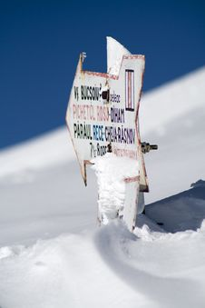Free Touristic Indicator Buried In Snow Stock Photo - 13623820