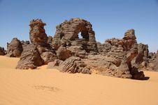 Free Desert In Libya Royalty Free Stock Photo - 13624135