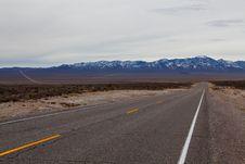 Free Empty Road Royalty Free Stock Photos - 13627088
