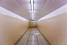 Free Aisle In Glen Canyon Dam Royalty Free Stock Images - 13627549