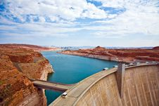 Free Glen Canyon Dam With Lake Royalty Free Stock Images - 13627579