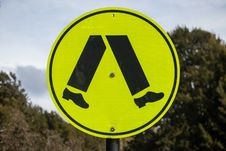 Free Yellow, Sign, Signage, Traffic Sign Royalty Free Stock Images - 136290409