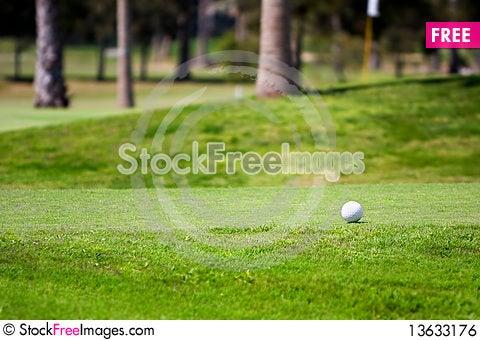 Free Golf Ball Royalty Free Stock Image - 13633176