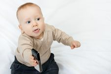 Free Little Boy With Mobile Phone Royalty Free Stock Images - 13630419