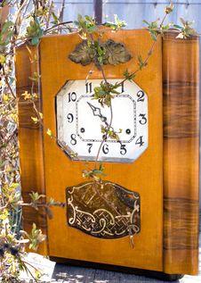 Free Old Clock Stock Photos - 13630433