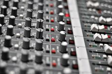 Free Audio Mix Pult Royalty Free Stock Images - 13632679