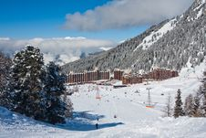 Free View On Alpine Skiing Resort Stock Images - 13635844