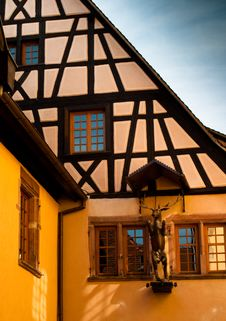 Free Yellow Timber Frame House In Alsace Royalty Free Stock Photography - 13635957