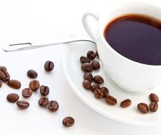 Free Coffee And Coffee Beans Royalty Free Stock Photos - 13638058