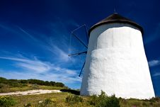 Free Windmill On A Sunny Day Royalty Free Stock Images - 13646319