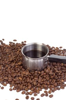 Free Metal Coffee Pot At Beans Royalty Free Stock Images - 13647309