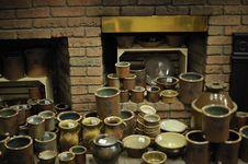 Free Glazed Pottery And Kiln Stock Image - 13648881