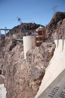Free Hoover Dam Visitor Center Royalty Free Stock Photography - 13649377