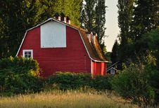 Free Red Barn Near Crescent Beach, White Rock, BC Royalty Free Stock Photo - 13649805