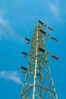 Free Blue Sky And Electrical Tower. Stock Images - 13650944