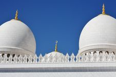 Domes And Pillars Sheikh Zayed Mosque In Abu Dhabi Stock Photo