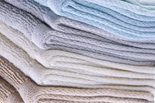 Free Neutral Colored Bath Towels Stock Images - 13660374