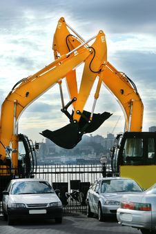 Free Large Yellow Construction Vehicles Royalty Free Stock Photo - 13663275