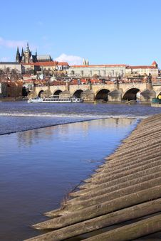 Free The View On Prague Castle With The Charles Bridge Stock Photo - 13665280