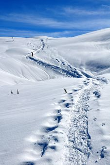 Free Lane On Snow Stock Photography - 13667442