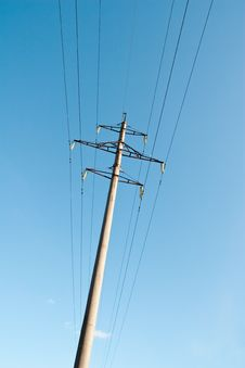 Free Power Line Royalty Free Stock Images - 13669499