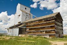 Free Old Grain Elevator Stock Photos - 13677323