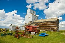 Free Old Grain Elevator 2 Stock Images - 13677454