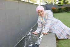 Free Playing Water Splashing Stock Images - 13679394