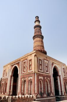 Free Qutab Minar Tower Of Victory Stock Images - 13680764