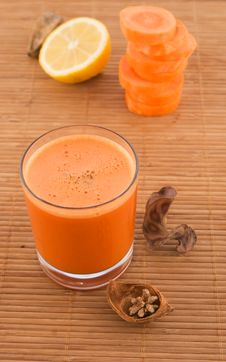 Free Fresh Carrot Juice And Fruit Royalty Free Stock Image - 13682786