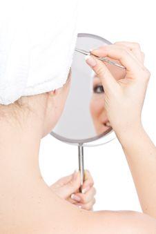 Free Woman Makeup In Mirror Royalty Free Stock Photos - 13683408