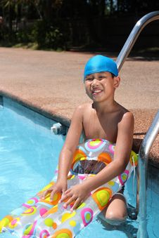 Free Boy With Swimming Gear Stock Image - 13684441