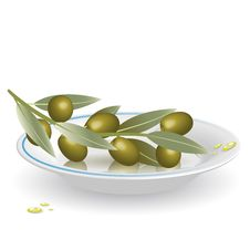 Free Olives On Saucer Stock Images - 13686814