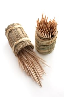 Round Bamboo Box Of Toothpicks Stock Images
