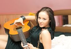 Free Girl With Guitar Stock Images - 13690994